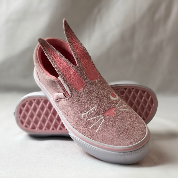 4b33a0295c6877 Vans Bunny Light Pink Slip-On Girls Shoes.